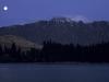 Vollmond über dem Lake Wakatipu und den Remarkables bei Queenstown, Südinsel, Neuseeland