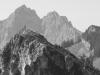 Bergwanderer auf dem Laubeneck vor der Großen Klammspitze, Ammergauer Alpen, Deutschland