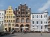 Wulflamhaus aus dem 14. Jahrhundert am Alten Markt Stralsund, Ostsee, Deutschland