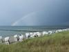 Regenbogen über dem Ostseestrand bei Zingst, Darß, Ostsee, Deutschland