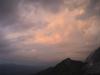 Blick vom Schachen auf Gewitterwolken über der Wettersteinwand, Bayern, Deutschland