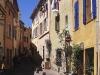 Gasse in der Altstadt von Frejus, Cote d\'Azur, Frankreich
