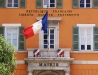 Rathausfassade in Frejus, Cote d\'Azur, Frankreich