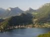 Taillefer und Montagnes d\'Entrevernes am Lac d\'Annecy, Savoyen, Frankreich