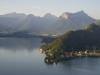 Südlicher Lac d\'Annecy vor der Kulisse des Bauges-Massiv, Savoyen, Frankreich