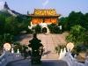 Der sitzende Buddha und das Po Lin Kloster, Lantau Island, Hongkong, China