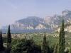 Blick auf den Gardasee oberhalb Torbole, Italien