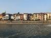 Blick über die Etsch auf die Ponte Pietra und die Alstadt von Verona, Venetien, Italien