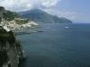 Blick auf Amalfi und seine Küste, Kampanien, Italien