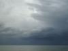 Sturmwolken über der Bucht von Gaeta, Baia Domizia, Kampanien, Italien