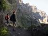 Auf Felsbändern und Tunnels durch die Berge von Madeira, Portugal