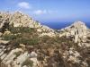 Bizarre Felsformationen und duftende Macchia im Norden von Caprera, Sardinien, Italien