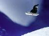 Snowboarder am Ruapehu im Whakapapa Skigebiet, Tongariro Nationalpark, Neuseeland