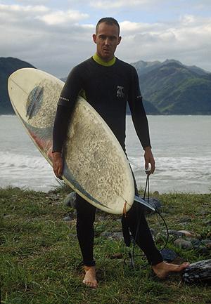 Surfer am Strand von Kaikoura