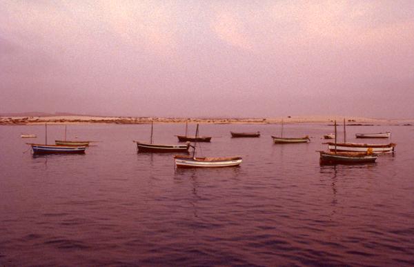 Boote im Abendlicht auf Boavista, Kapverde