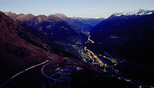 Airolo und die Gotthardstrasse im Valle Leventine