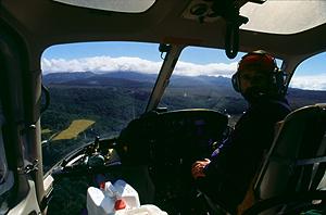 Im Heli unterwegs zur Waihohonu-Hütte, Tongariro Nationalpark, Nordinsel Neuseeland