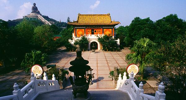 Po Lin Kloster und sitzender Buddha, Lantau Island, Hongkong, China