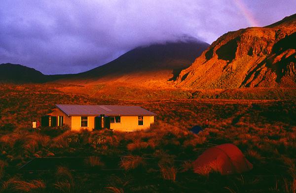 Sonnenuntergang an der Mangatepopo-Hut, Tongariro Nationalpark, Nordinsel Neuseeland