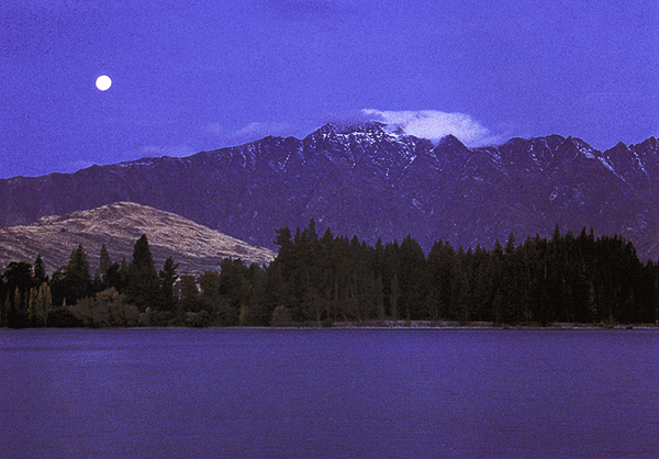Die Remarkables Bergkette und der Lake Wakatipu bei Queenstown, Otago, Südinsel Neuseeland