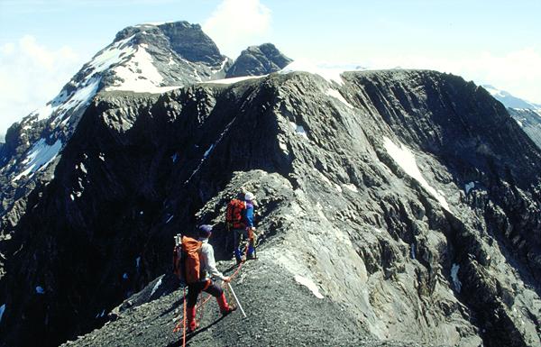 Die Furggel, die Schlüsselstelle (3000 m) vor der Besteigung des Hausstock, Glarus, Schweiz