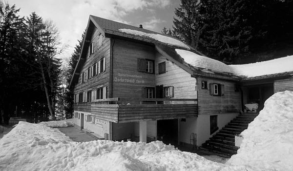 Das Naturfreundehaus Tscherwald in Amden am Walensee, Kanton St. Gallen, Schweiz
