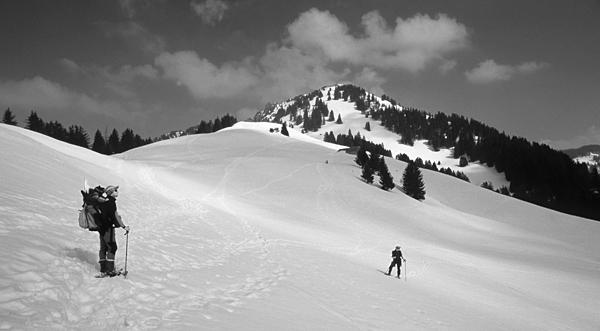 Der beliebte Skitourengipfel 'Gulmen' bei Amden am Walensee, Kanton St.Gallen, Schweiz