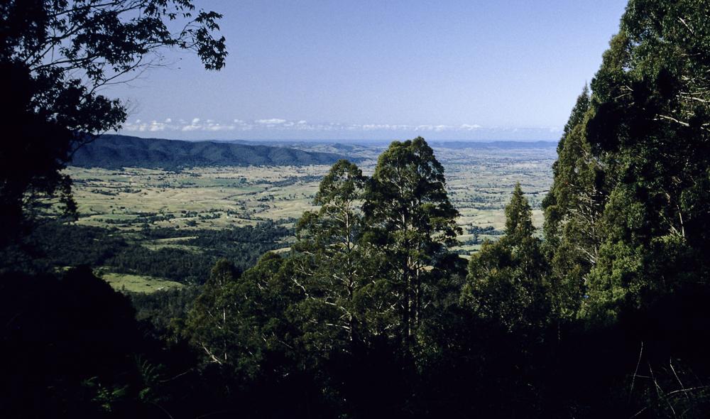 Auf dem Weg von Canberra nach Melbourne über die Great Dividing Range in die fruchtbare Ebenen von Victoria, Australien