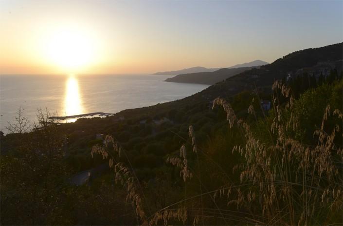 Abendstimmung an der Cilento-Küste bei Pisciotta, Kampanien, Italien