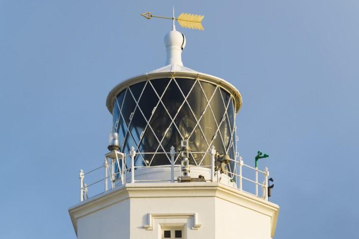 Leuchtfeuer des Lizard Point Leuchtturm am südlichsten Kap Großbritanniens in Cornwall