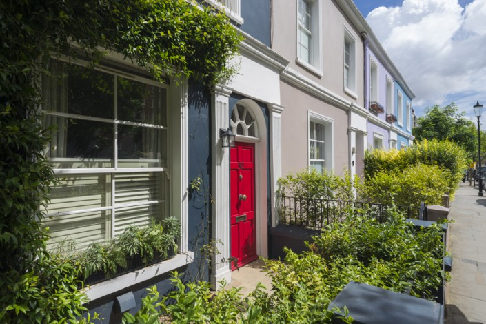 Bunte Hausfassaden in Notting Hill, London, Grossbritannien