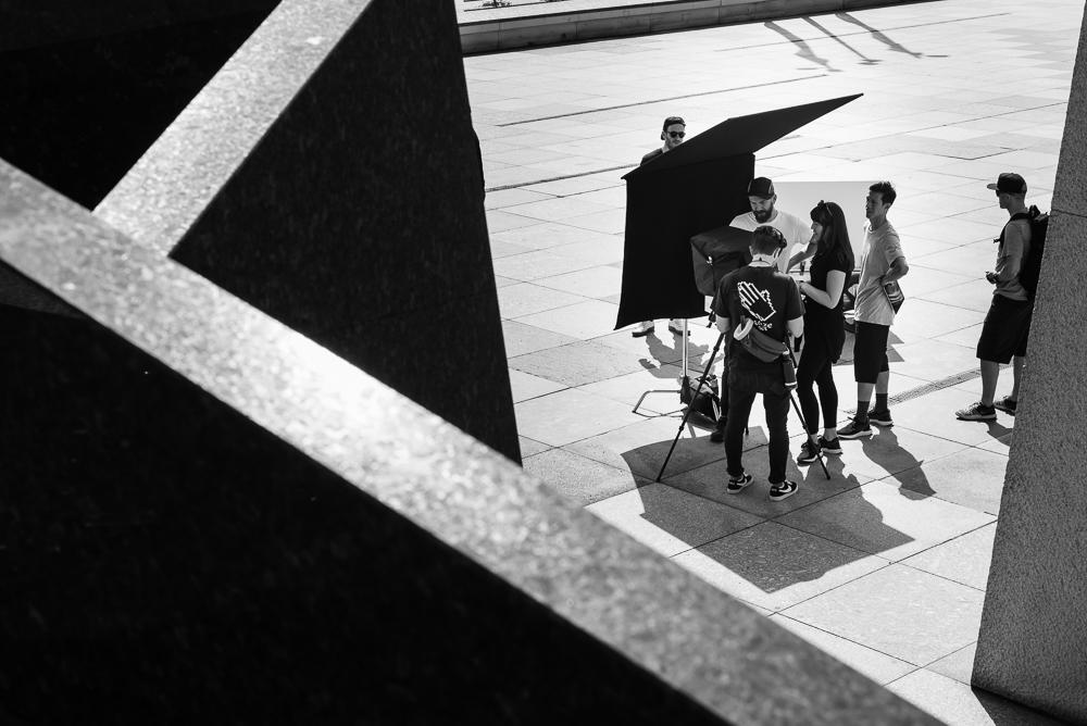 Filmcrew bei der Arbeit am Kulturforum in Berlin
