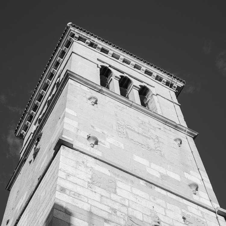Kirchturm St. Maria im Schnee in der Altstadt von Cres, Insel Cres, Kvarner Bucht, Kroatien