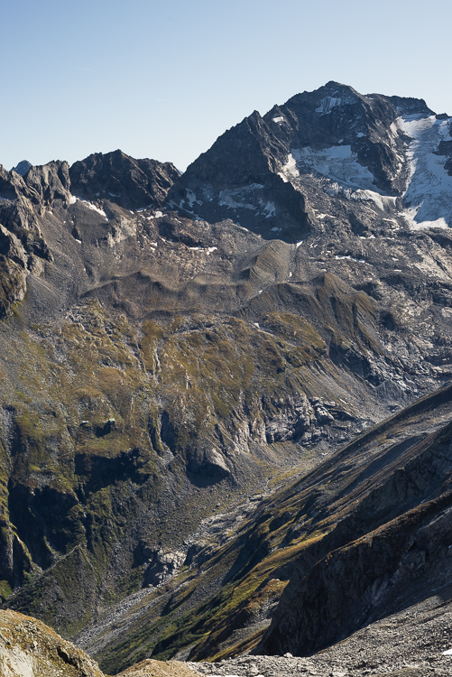 Blick von der Mörchenscharte auf den Floitengrund, Greizer Hütte und den Großen Löffler, Zillertal, Tirol, Österreich