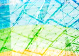 Olympiaturm, die durchsichtige Zeltdach-Konstruktion der Olympiahalle, ein Bratwurst-Imbiss und Zuschauerränge im Olympiastadion, München, Deutschland